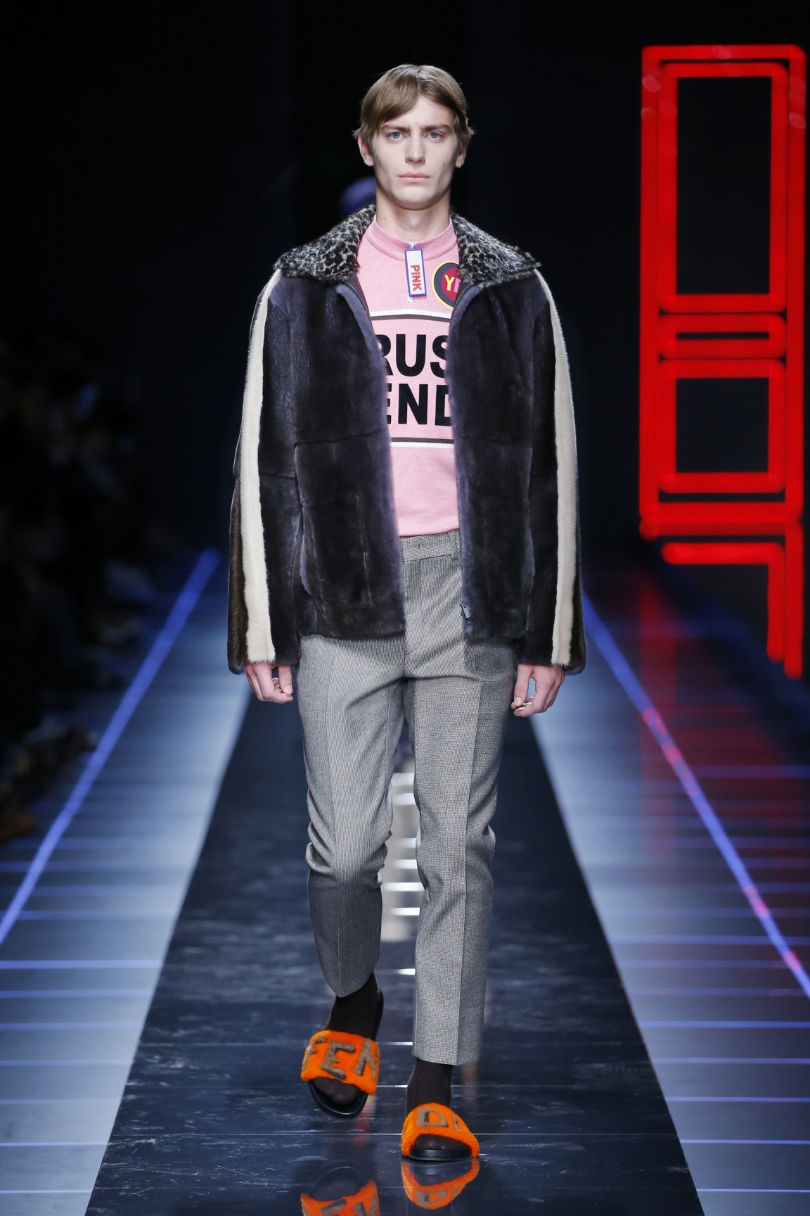 fendi-men-fw16-17-look-09