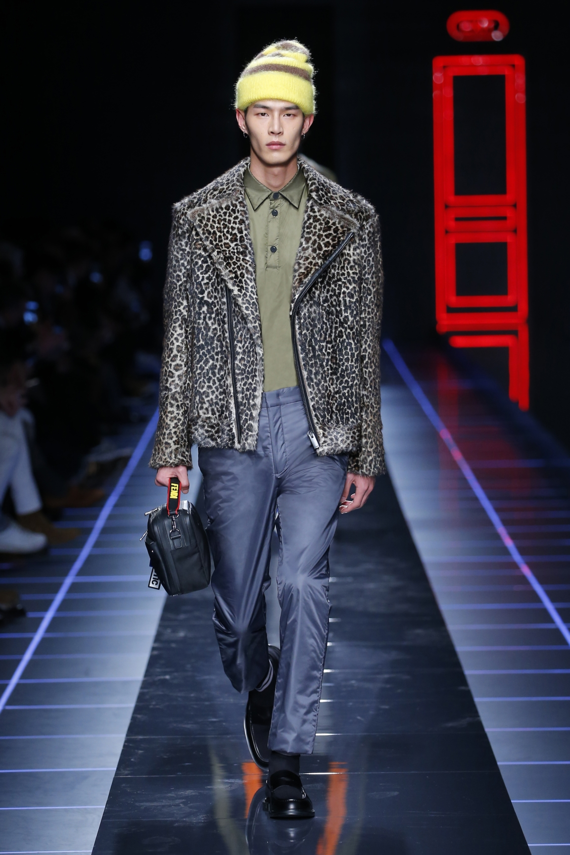 fendi-men-fw16-17-look-12