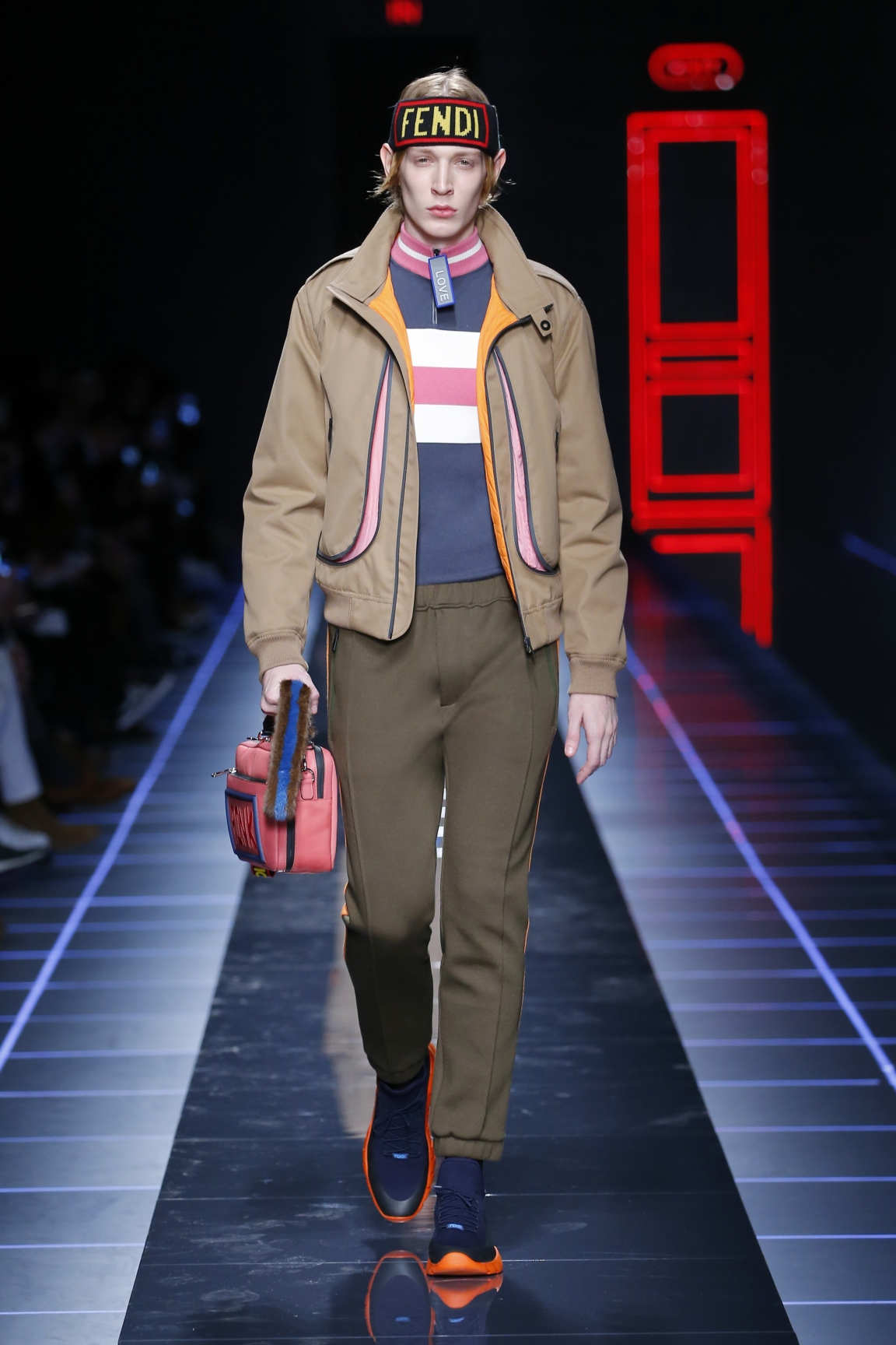 fendi-men-fw16-17-look-19