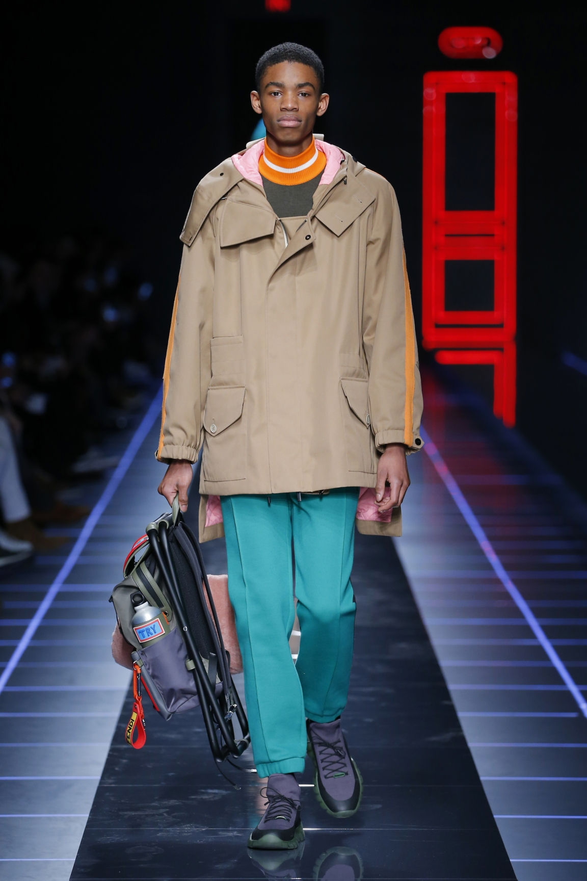 fendi-men-fw16-17-look-21