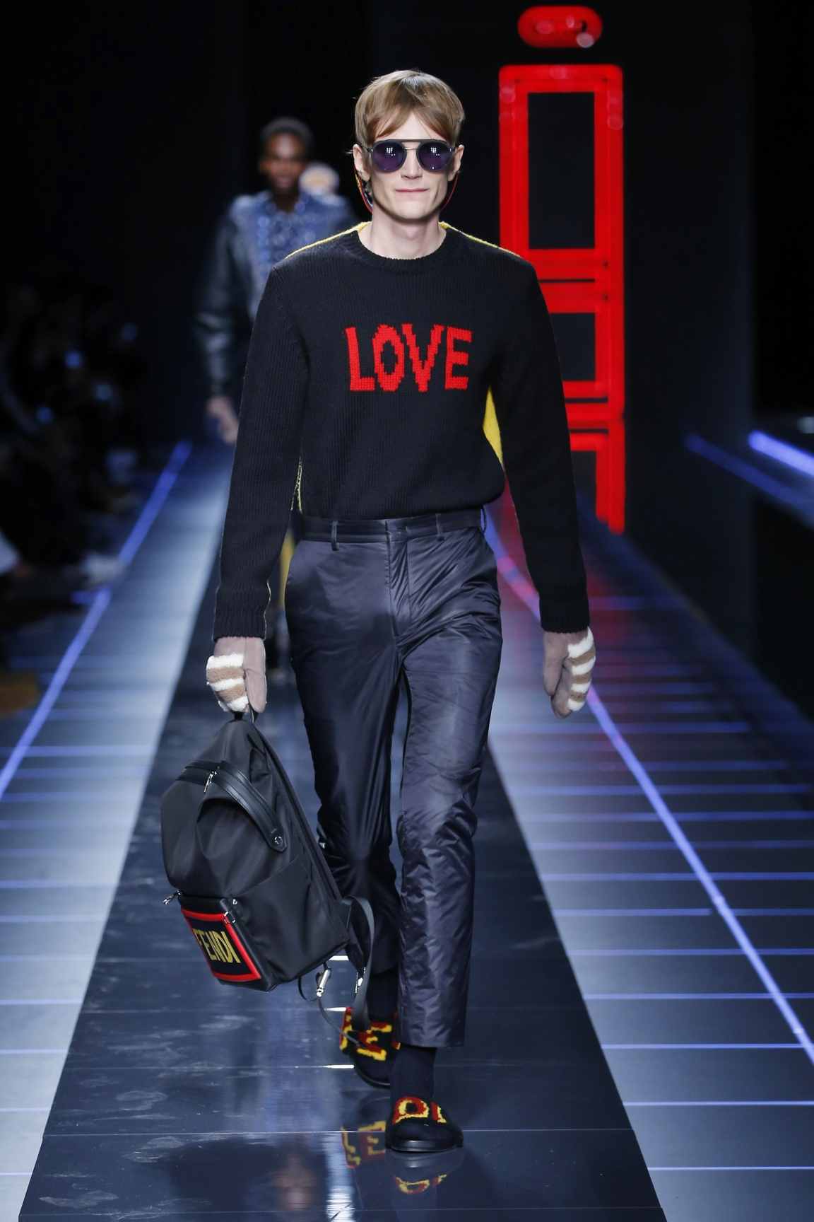 fendi-men-fw16-17-look-45