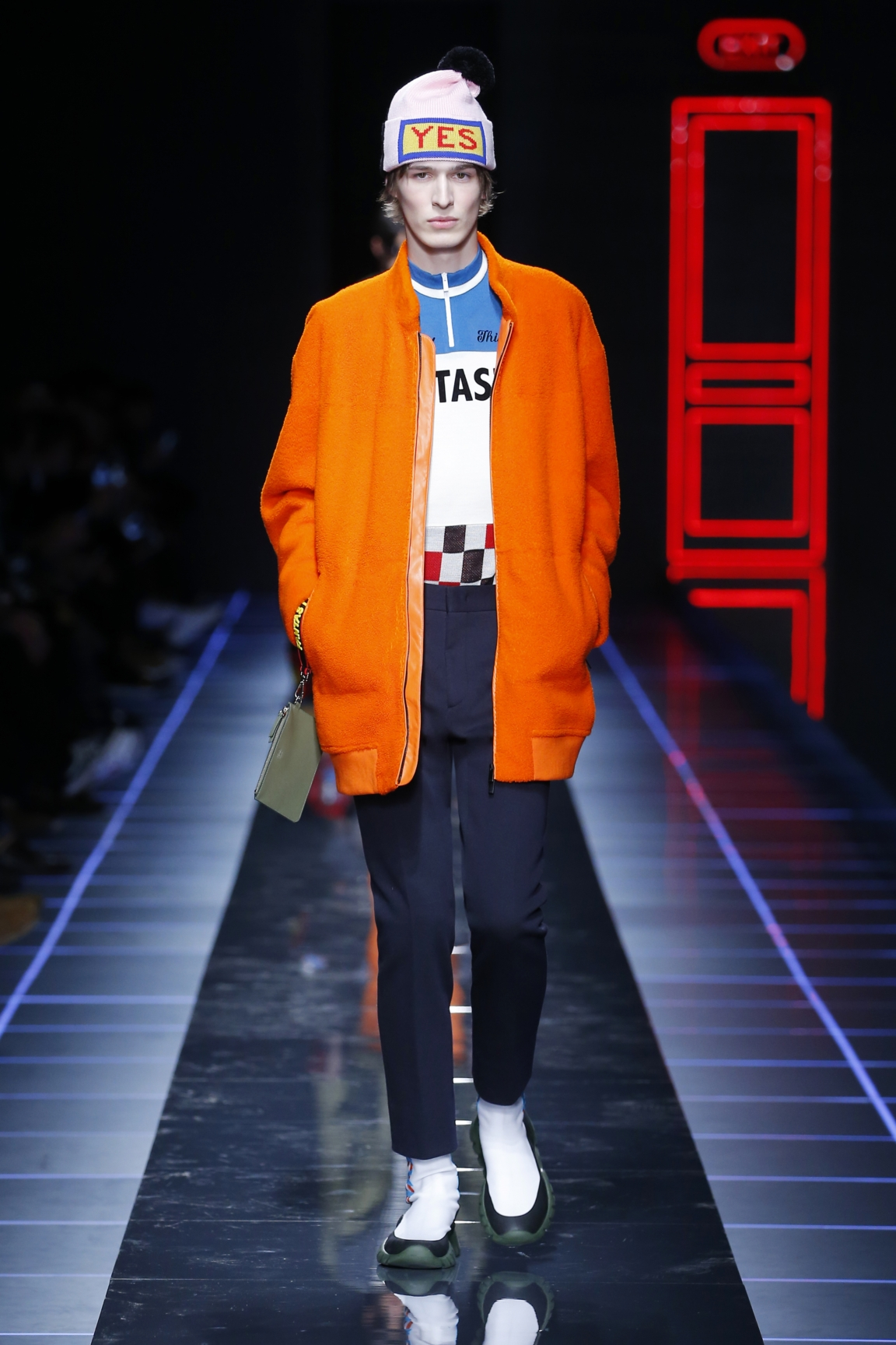 fendi-men-fw16-17-look-50