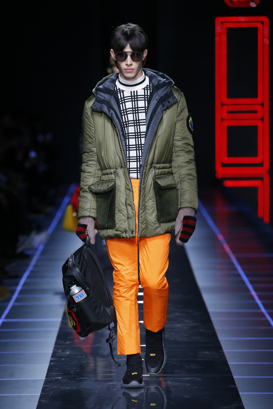 fendi-men-fw16-17-look-51