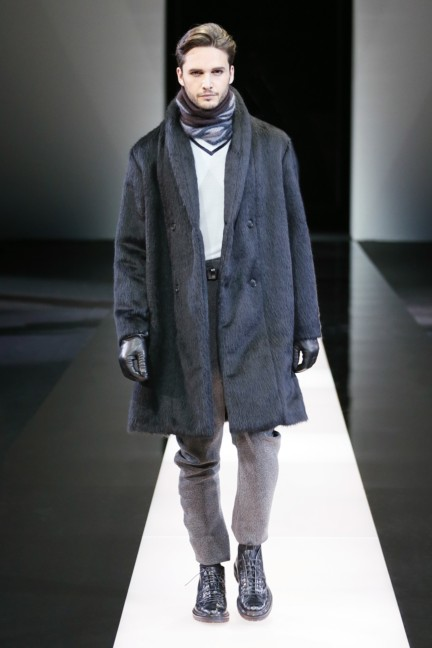 giorgio-armani-milan-mens-autumn-winter-2015-38