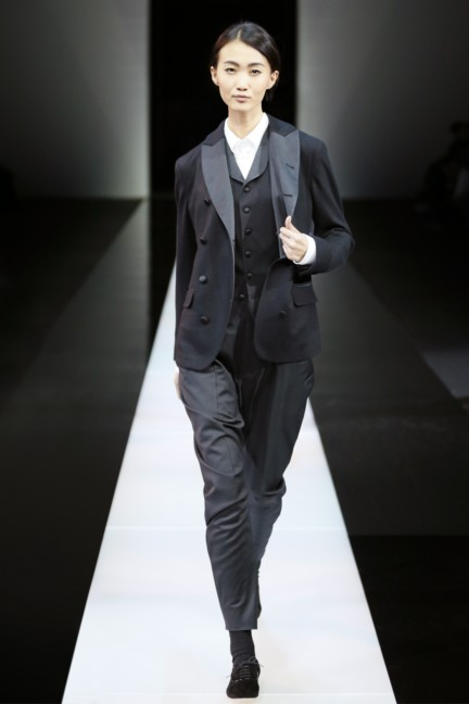 giorgio-armani-milan-mens-autumn-winter-2015-49