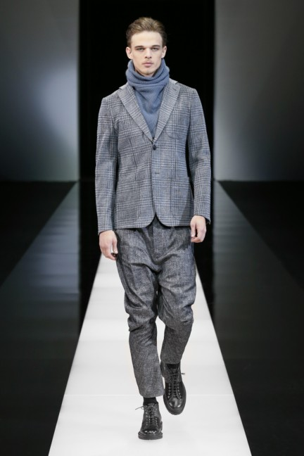 giorgio-armani-milan-mens-autumn-winter-2015-9