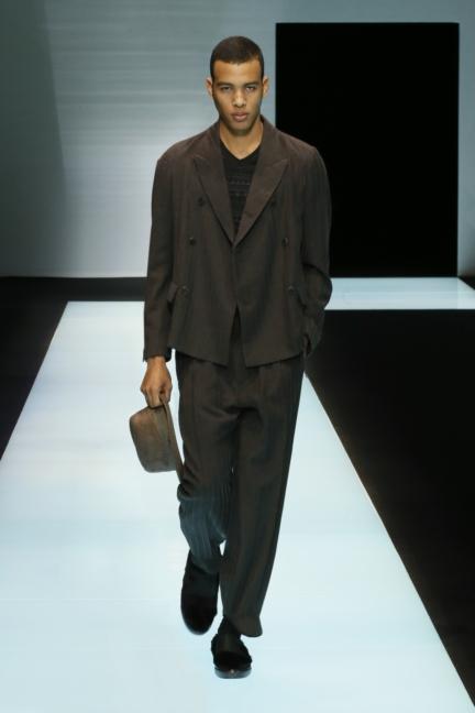 giorgio-armani-menswear-fw16-17_05