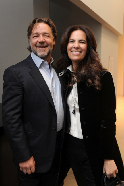 roberta-armani-and-russell-crowe-sgp