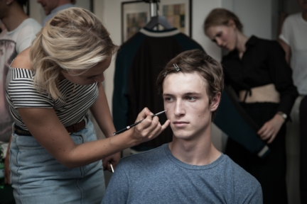 pringle-of-scotland_ss_2016_menswear_backstage_lr_03