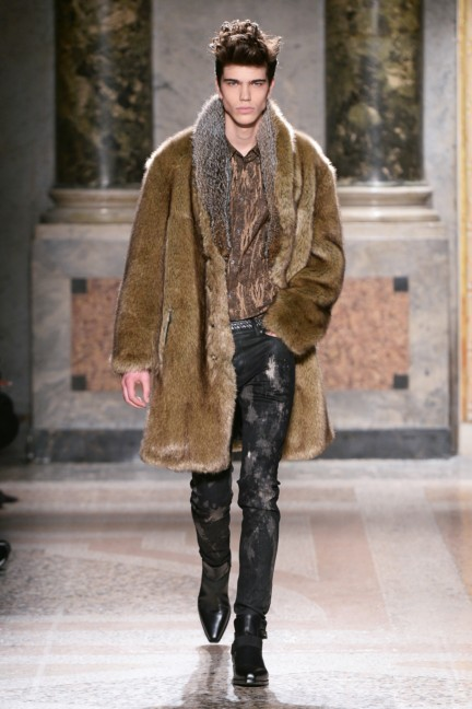 roberto-cavalli-milan-mens-autumn-winter-2015-11