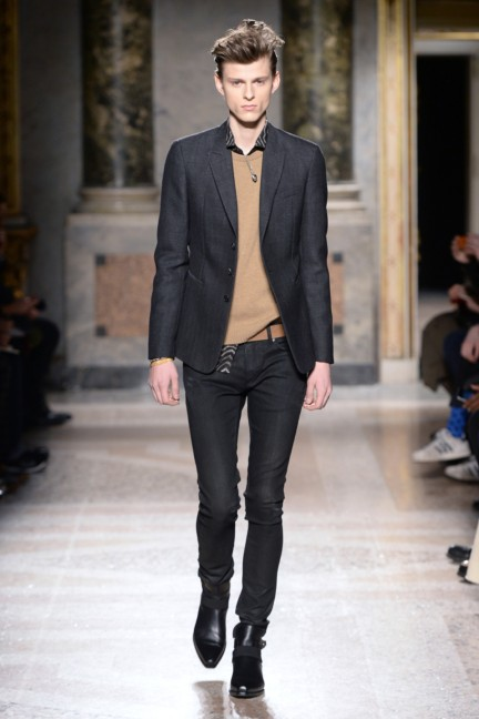 roberto-cavalli-milan-mens-autumn-winter-2015-13