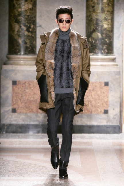 roberto-cavalli-milan-mens-autumn-winter-2015-19