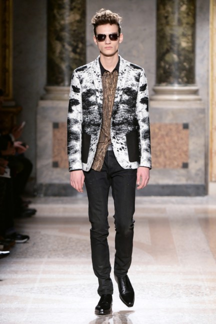 roberto-cavalli-milan-mens-autumn-winter-2015-22