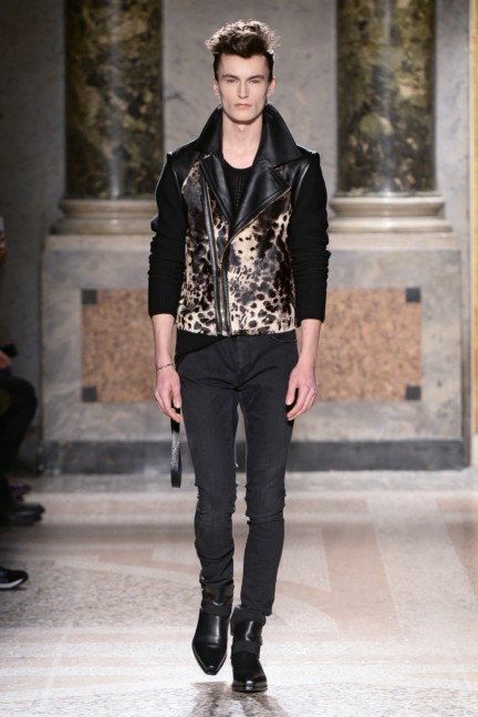 roberto-cavalli-milan-mens-autumn-winter-2015-23