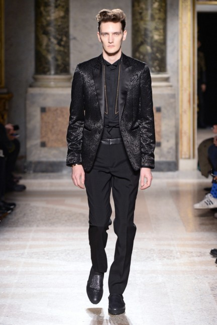 roberto-cavalli-milan-mens-autumn-winter-2015-32