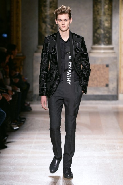 roberto-cavalli-milan-mens-autumn-winter-2015-37
