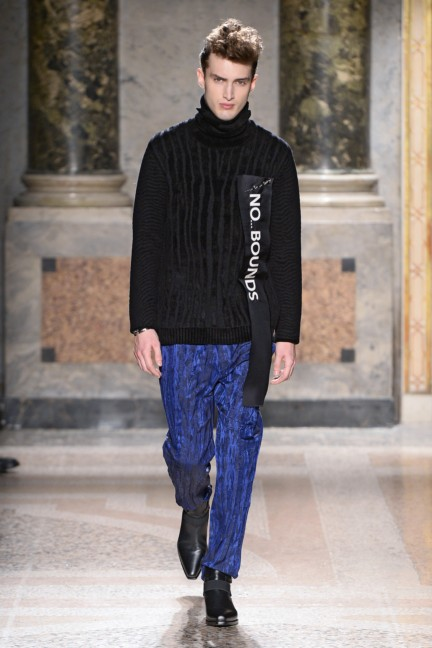 roberto-cavalli-milan-mens-autumn-winter-2015-6