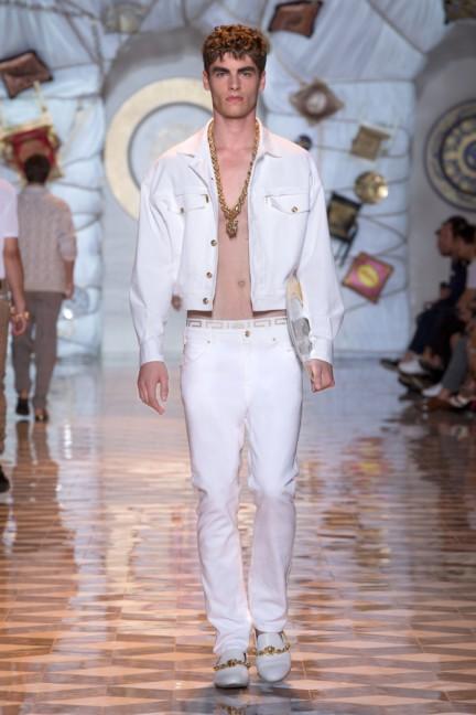 versace-milan-mens-spring-summer-2015-runway-images-13