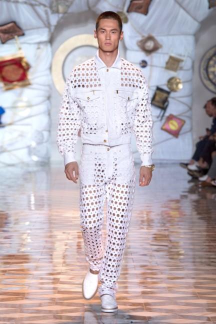 versace-milan-mens-spring-summer-2015-runway-images-14