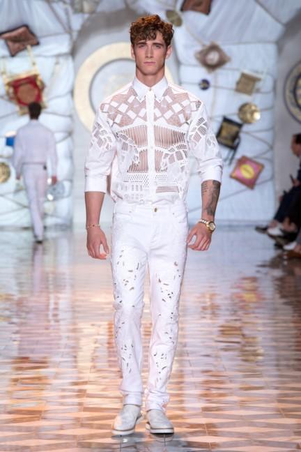 versace-milan-mens-spring-summer-2015-runway-images-15