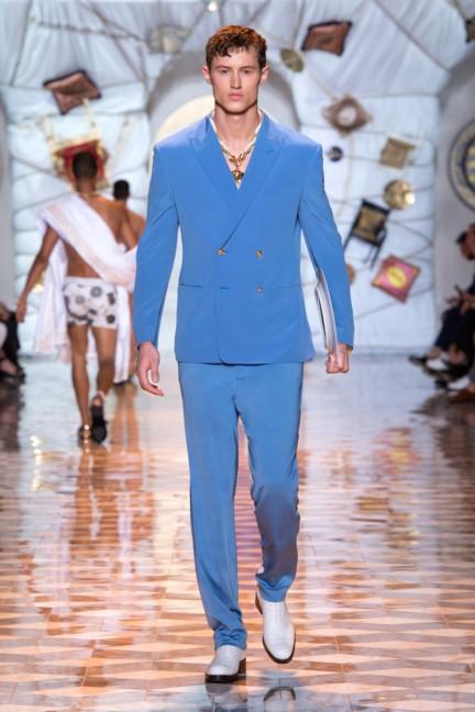 versace-milan-mens-spring-summer-2015-runway-images-26