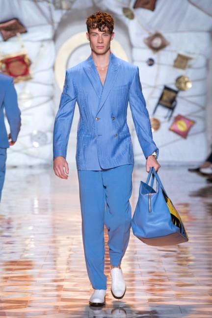 versace-milan-mens-spring-summer-2015-runway-images-27