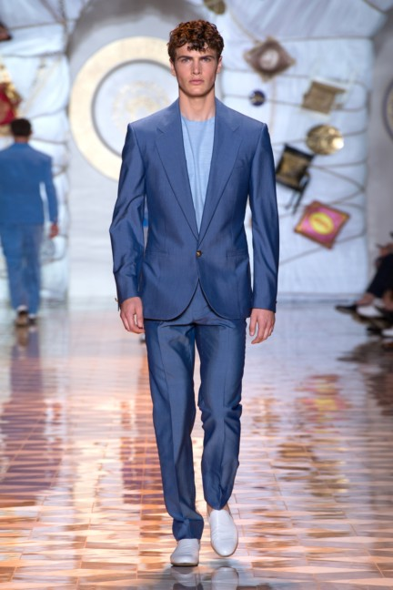 versace-milan-mens-spring-summer-2015-runway-images-28