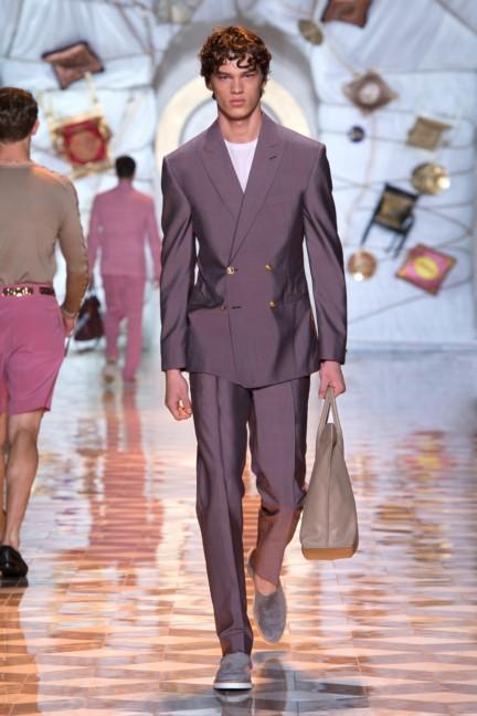 versace-milan-mens-spring-summer-2015-runway-images-5