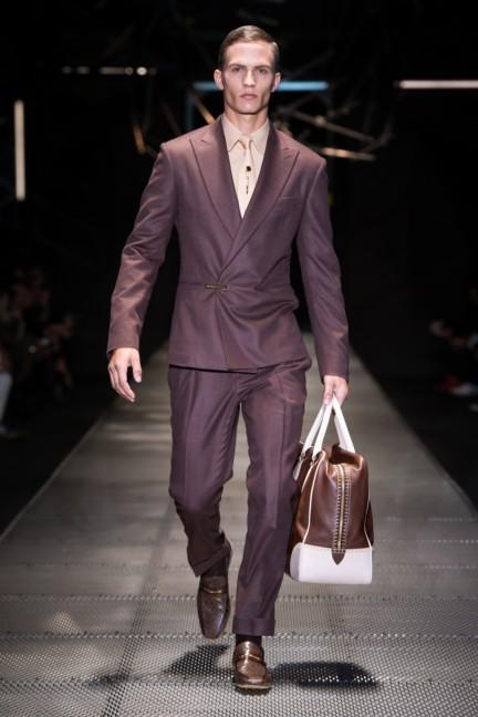 versace-men_fw15_1