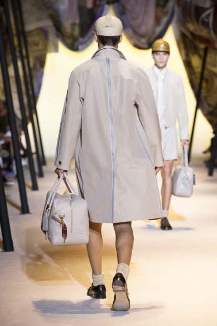 versace-mens-ss16_look-16