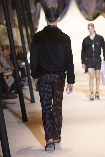 versace-mens-ss16_look-37