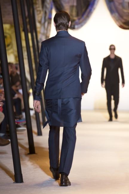 versace-mens-ss16_look-41