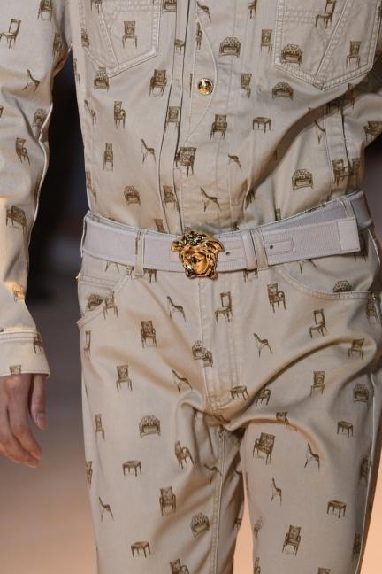 versace-milan-mens-spring-summer-2016-details-21