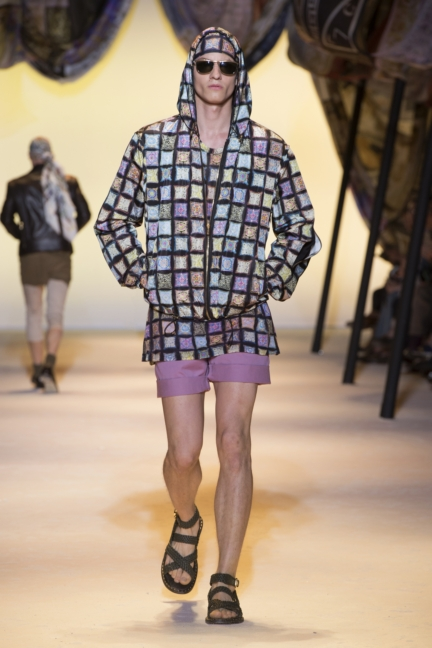 versace-mens-ss16_look-11