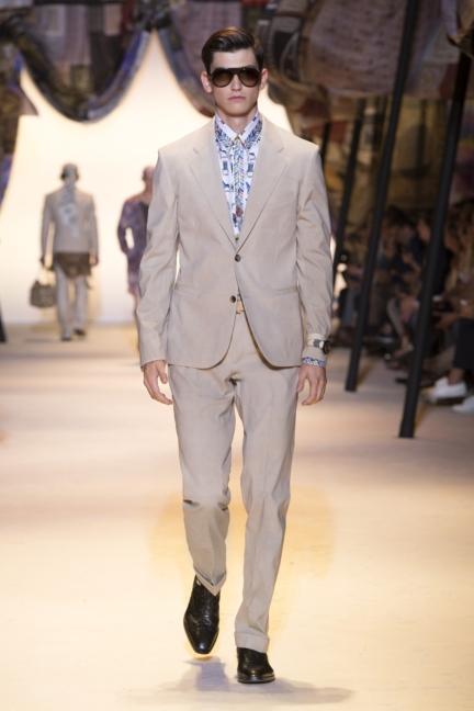 versace-mens-ss16_look-12
