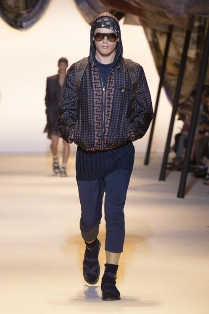 versace-mens-ss16_look-35