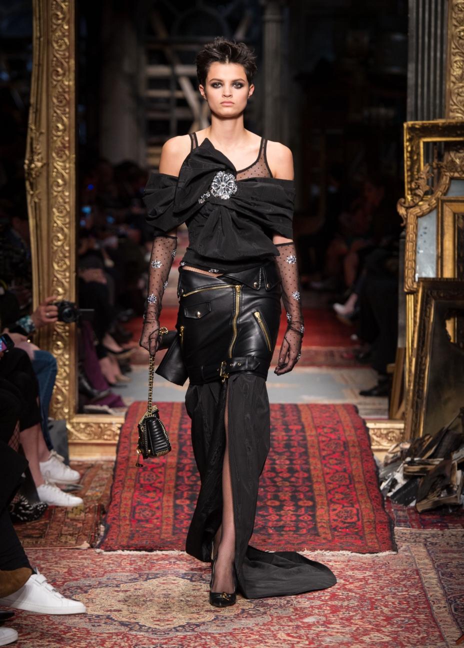moschino-milan-fashion-week-aw-16-10