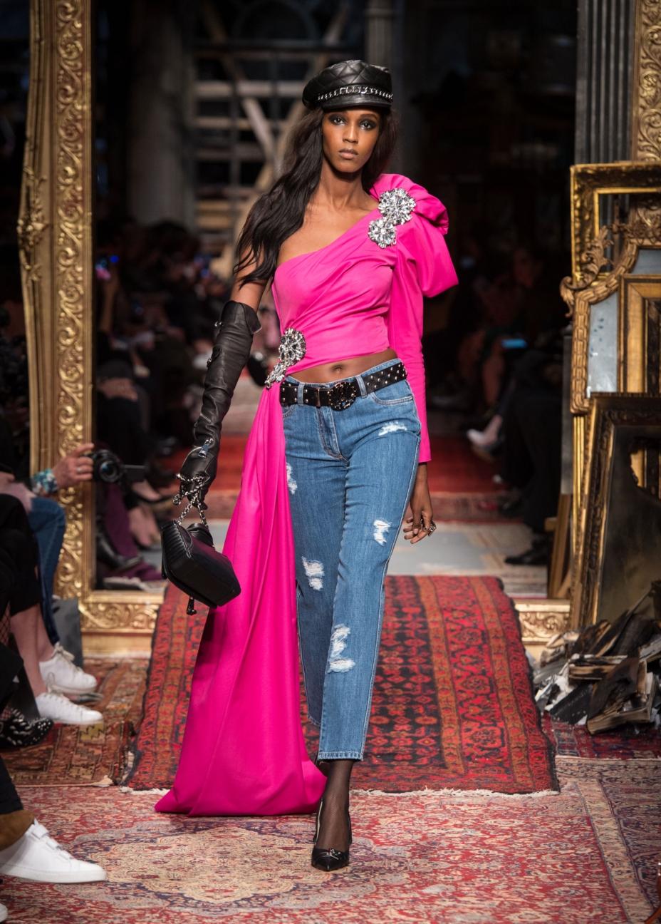moschino-milan-fashion-week-aw-16-12