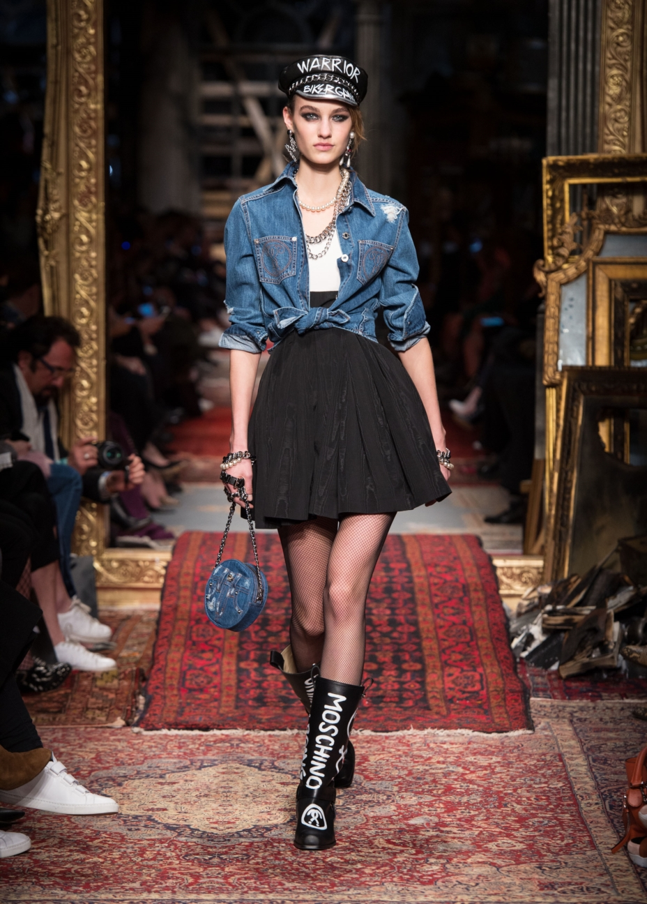 moschino-milan-fashion-week-aw-16-15
