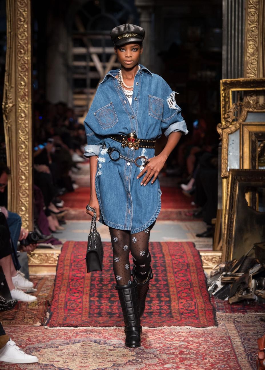 moschino-milan-fashion-week-aw-16-20