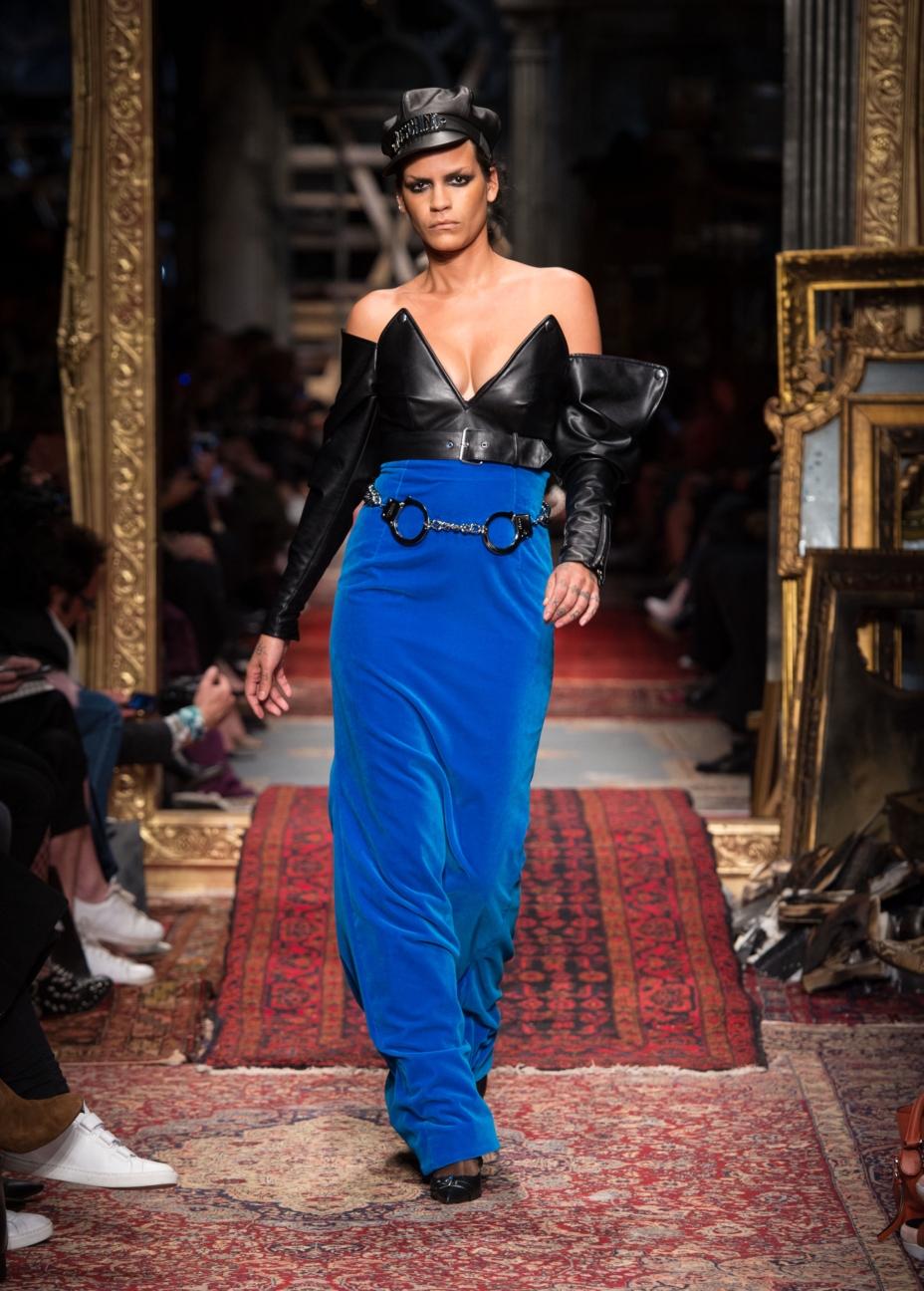 moschino-milan-fashion-week-aw-16-22