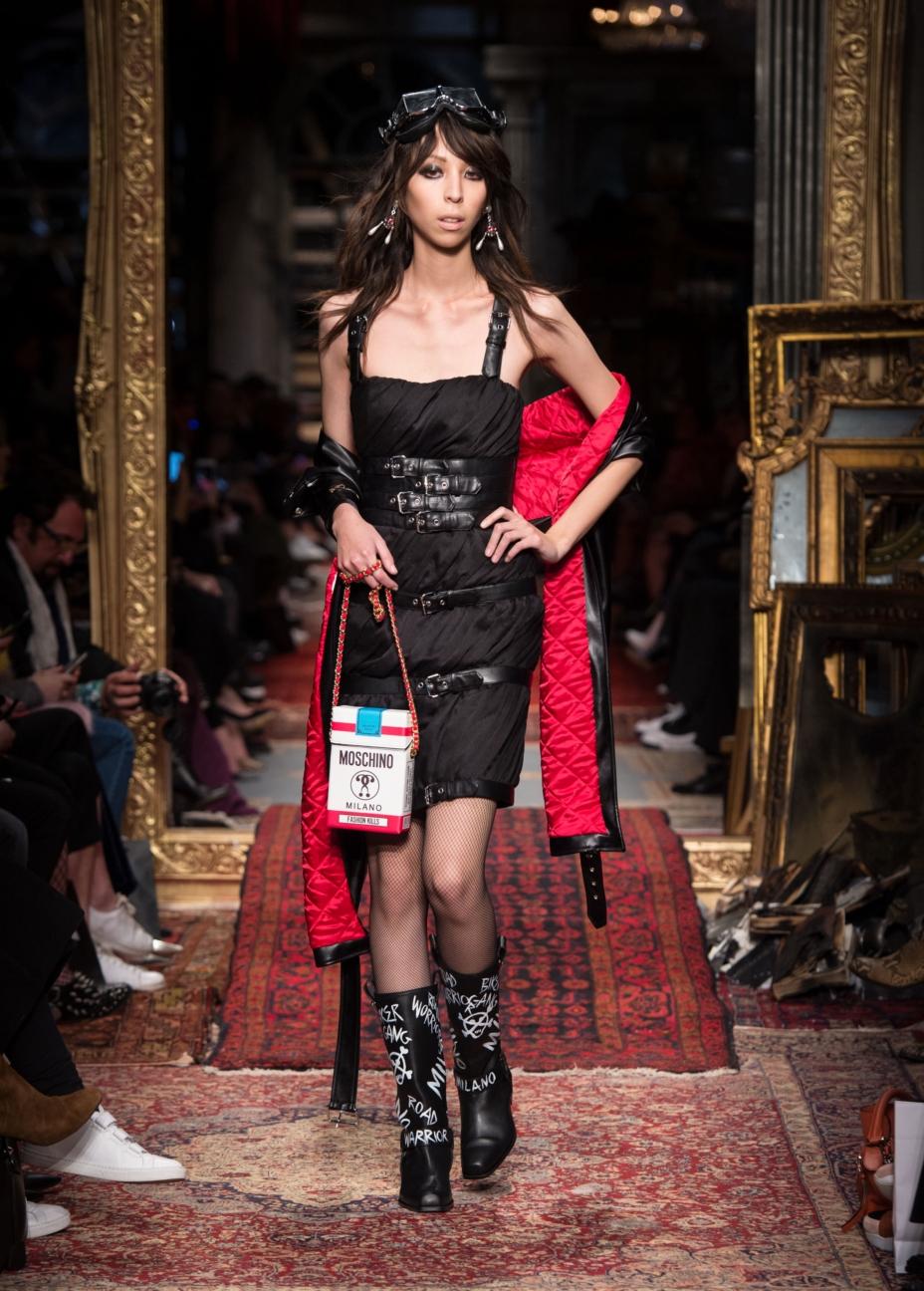 moschino-milan-fashion-week-aw-16-38
