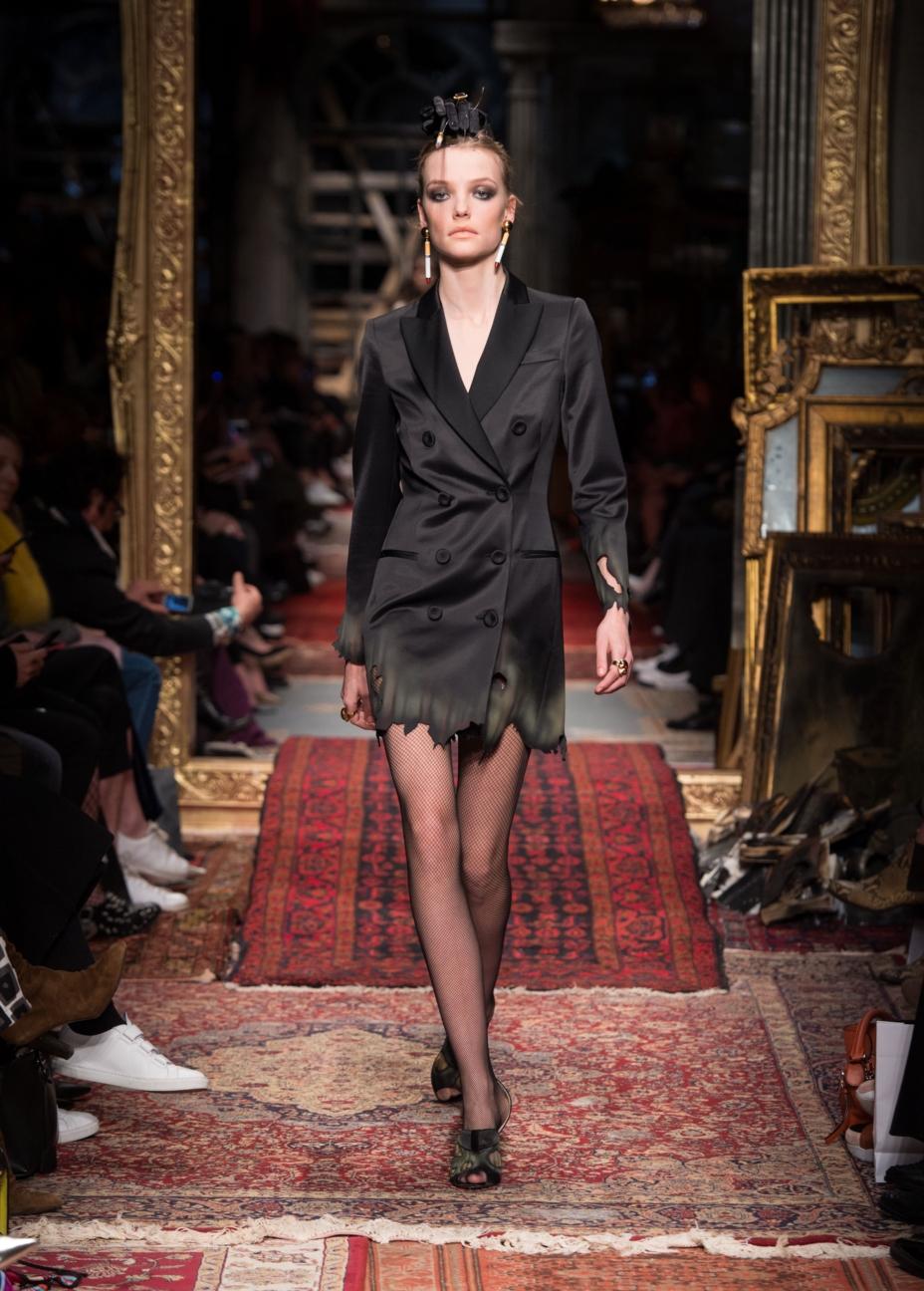 moschino-milan-fashion-week-aw-16-40