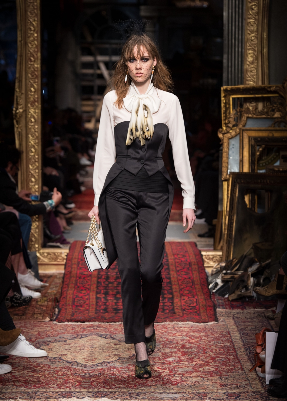 moschino-milan-fashion-week-aw-16-41