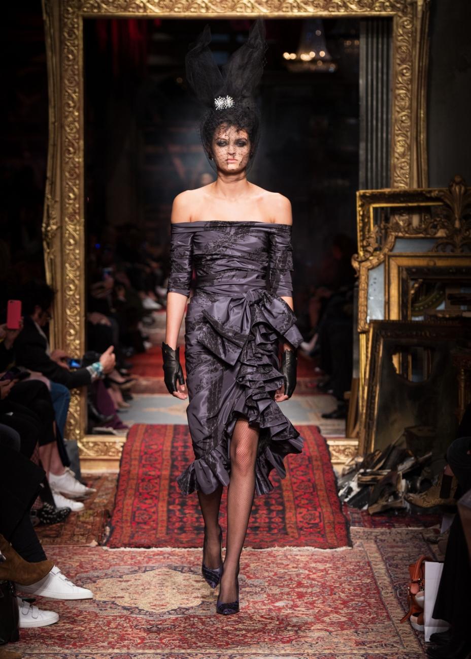 moschino-milan-fashion-week-aw-16-42