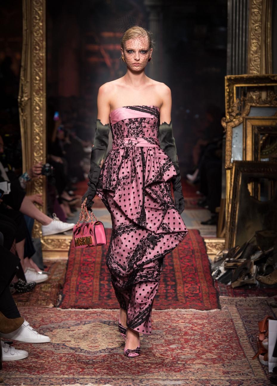 moschino-milan-fashion-week-aw-16-43