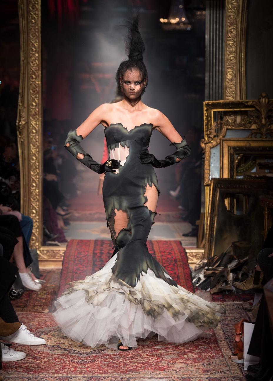 moschino-milan-fashion-week-aw-16-44
