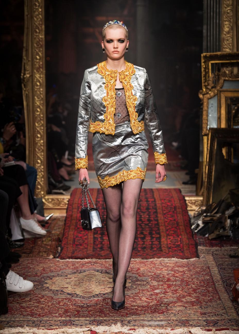 moschino-milan-fashion-week-aw-16-55