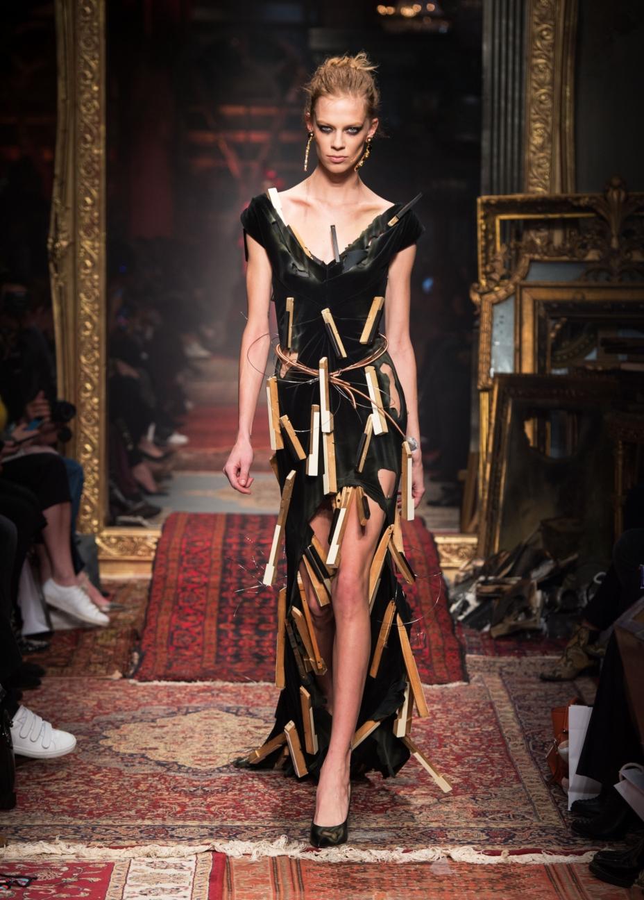 moschino-milan-fashion-week-aw-16-58