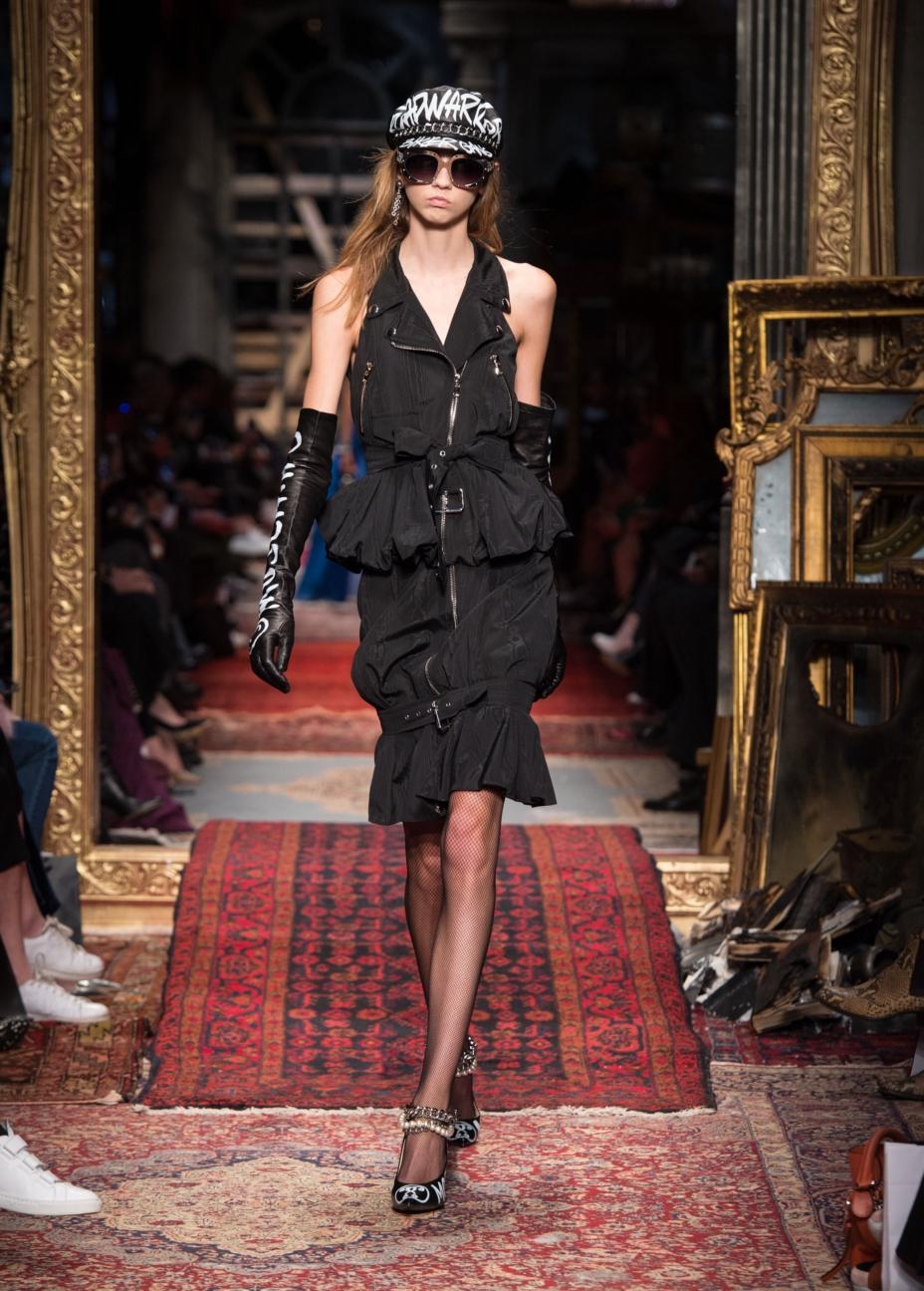 moschino-milan-fashion-week-aw-16-6